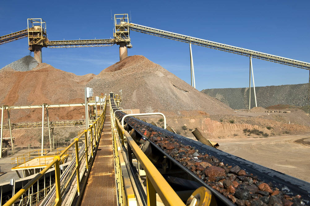 Modeling the Reliability and Throughput of a Mine Ore Processing Facility